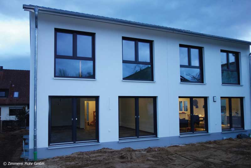 Doppelhaus TWIN – Neubau mit Satteldach in Holzbauweise
