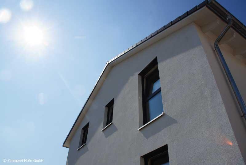 Einfamilienhaus NEO Leutershausen - Neubau Holzhaus mit Satteldach und Putzfassade